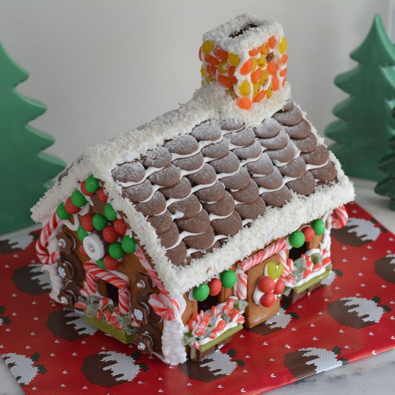 gingerbreadhouseaboveview2